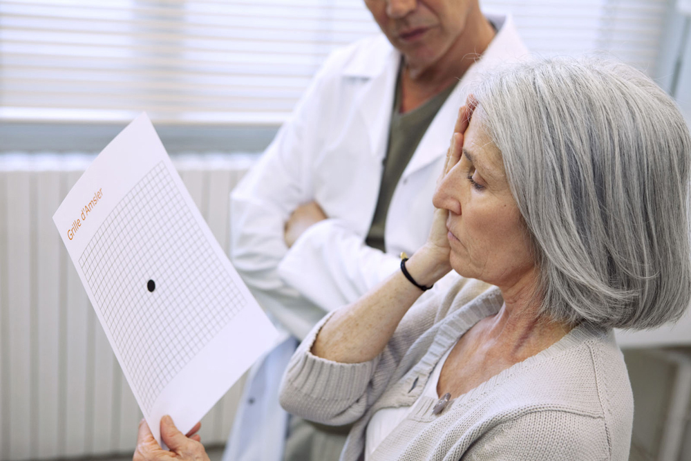 Woman getting a Macular Degeneration test